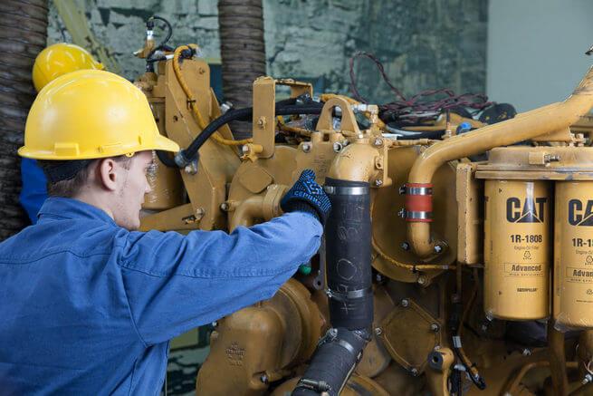 Ремонт двигателя экскаватора